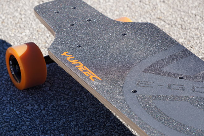 Review Yuneec E Go An Iphone Connected Electric Skateboard