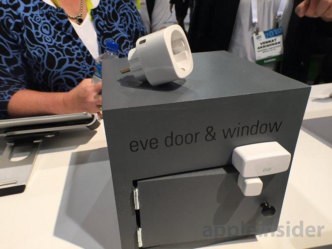 hands on elgato eve smart home modules and avea mood light. Black Bedroom Furniture Sets. Home Design Ideas