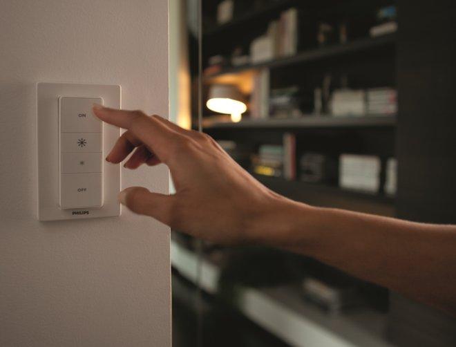 Philips adds new wireless dimmer to Hue lighting range
