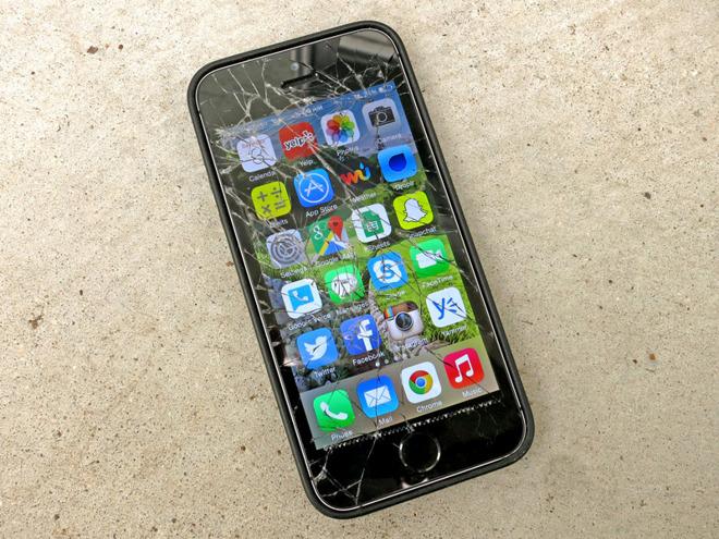 Apple considering Russian repair center in wake of local ...