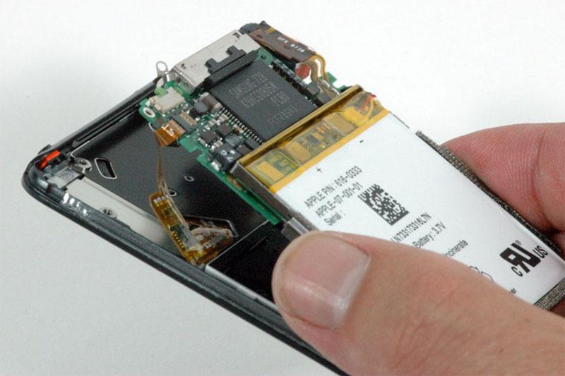 Third-gen iPod nano teardown