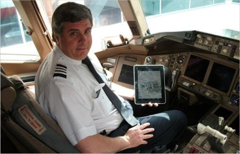 United Airlines uses 11,000 iPads to take planes paperless