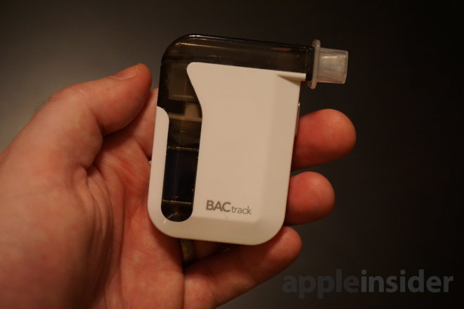 Review: iPhone-connected BACtrack Mobile breathalyzer with