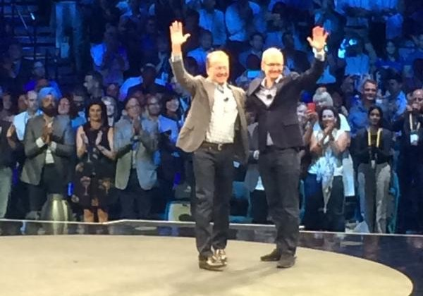 Apple CEO Tim Cook makes surprise appearance at Cisco's