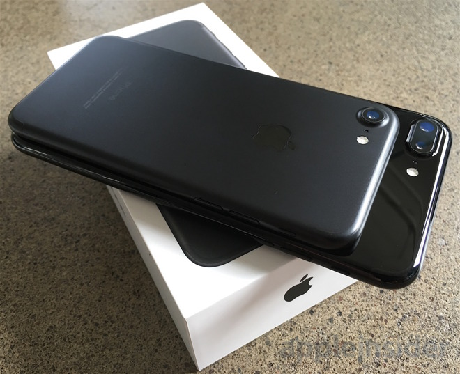Black Jet Black Unboxing The New Iphone 7 Iphone 7 Plus With