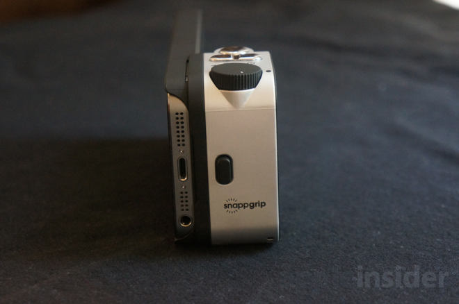 save off f522d 2a21d Review: Snappgrip Bluetooth camera shutter controller for Apple's iPhone