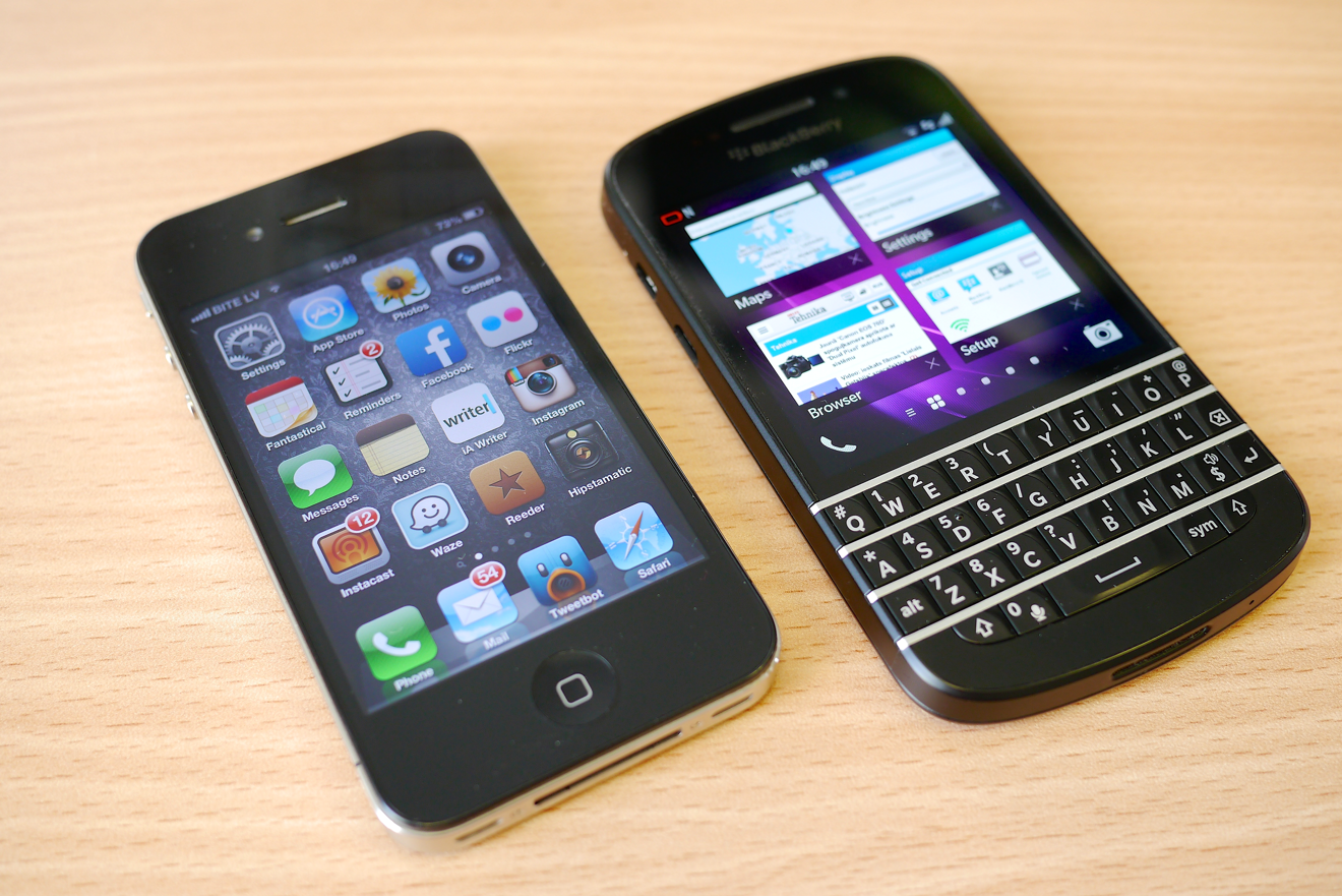blackberry vs iphone apple s alliance with ibm counters byod nightmare for 9417