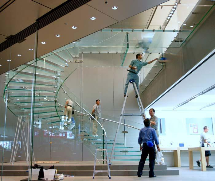 Appleu0027s First Spiral Glass Stairway Erected In Osaka Japan.