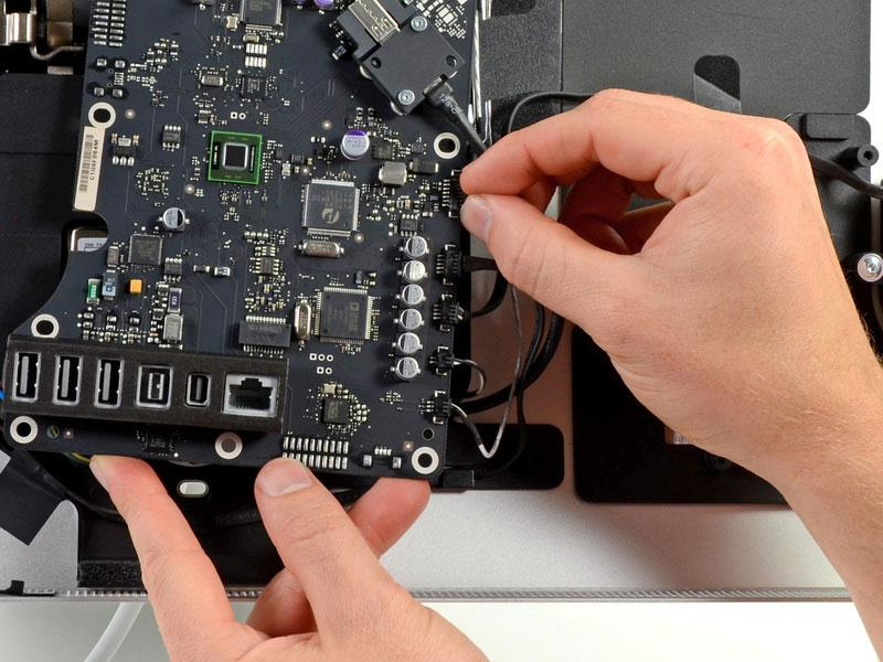 Teardown of Apple's Thunderbolt Display finds same LG panel